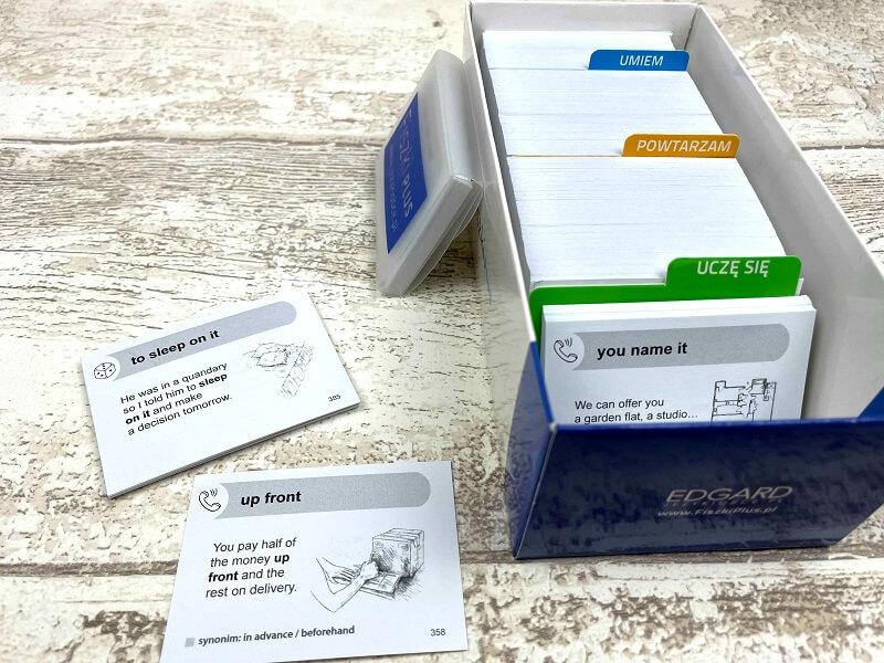 Fiszki PLUS - 600 fiszek, program, nagrania do pobrania, kolorowe przegródki i etui