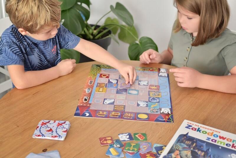 Zakodowany zamek - gra na kodowanie dla najmłodszych